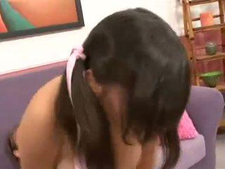 Teenie bopper alana leigh treated wie ein hure getting wichse blasted im gesicht
